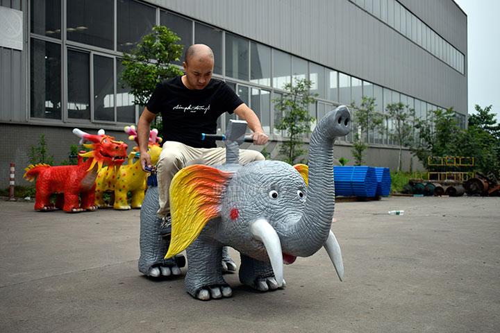 硅胶动物骑行车