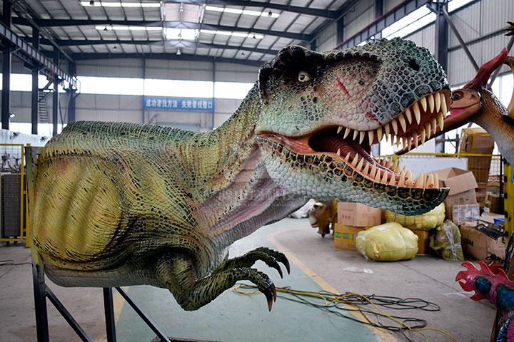 恐龙雕塑厂